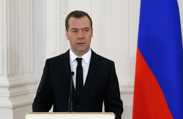 Медведев выделил Чечне и Дагестану 218 млн рублей на борьбу с безработицей