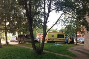 Мужчина разбился насмерть, выпав из окна на улице Есенина