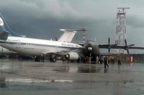 Два самолета столкнулись в аэропорту Минска