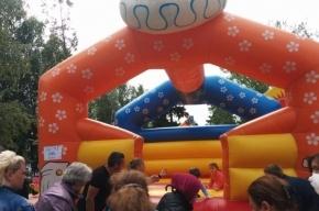 Платный праздник для детей устроили в Левашово