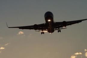 Самолет заблокировал взлетную полосу в Симферополе
