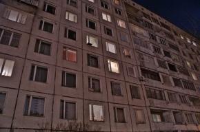 Голый мужчина покончил с собой, выбросившись из окна многоэтажки в Москве