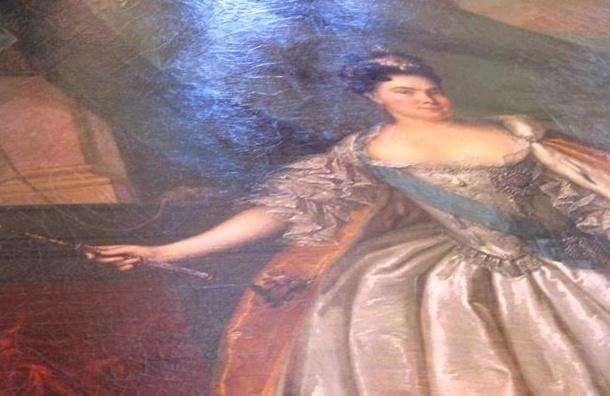 Парадный коллаж Екатерины I вернули в Петергофский дворец