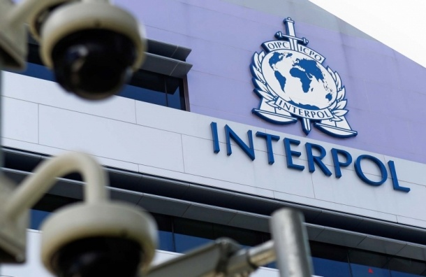 Полиция Испании задержала двух россиян, которых разыскивал Интерпол
