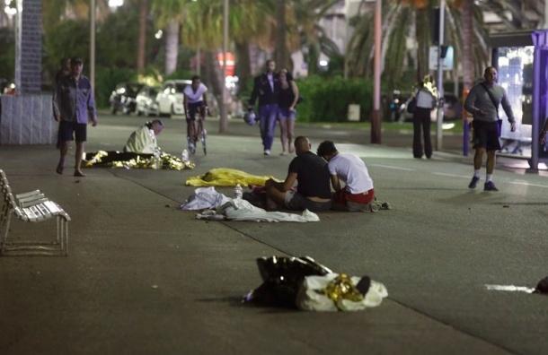 МВД Франции сообщает о 80 жертвах теракта в Ницце