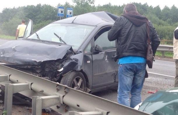 ДТП в Малом Верево: парализовано Киевское шоссе, есть пострадавший