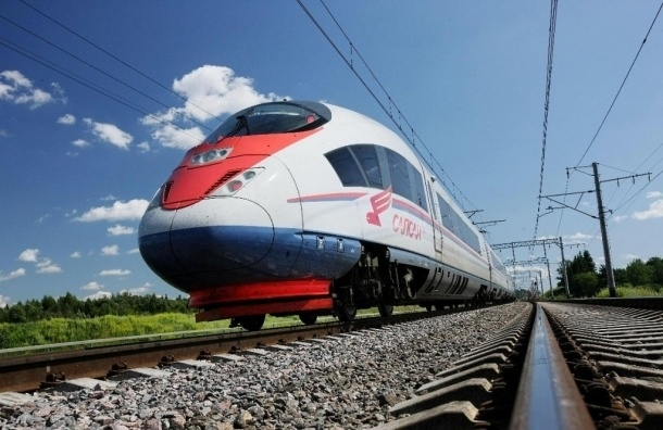 Поезд «Сапсан» сломался в Твери по пути в Петербург
