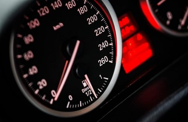 Водитель BMW, зарегистрированного на пенсионерку, подстрелил мужчину на Ириновском