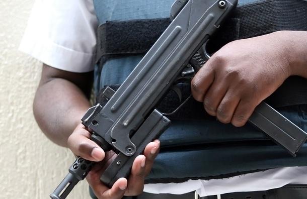 Вооруженные люди в масках захватили больницу в Бурятии