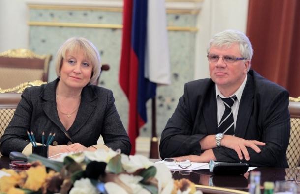 Единоросс Анденко покидает парламент Петербурга