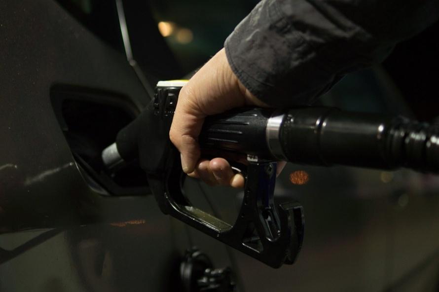 бензин пикскбей