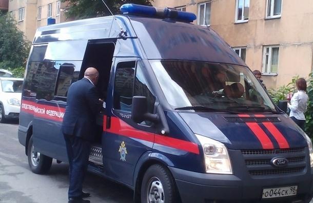СМИ: силовики уничтожили трех боевиков в доме на Ленинском проспекте