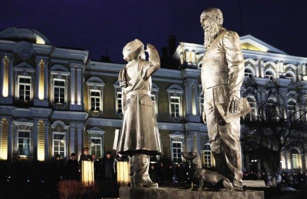 Смогут ли петербургские скульпторы утереть нос Медному всаднику