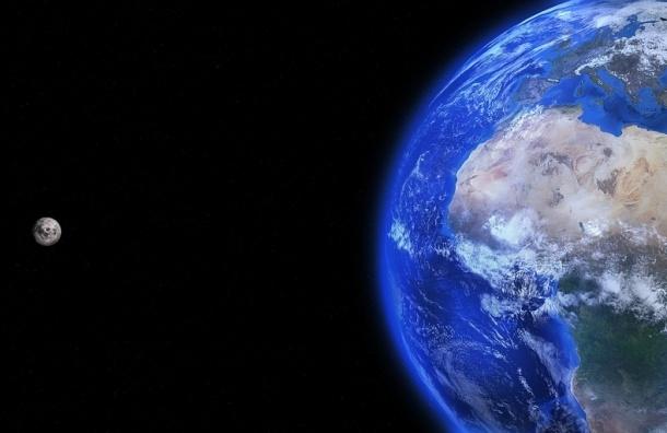 Земля скоро потеряет луну