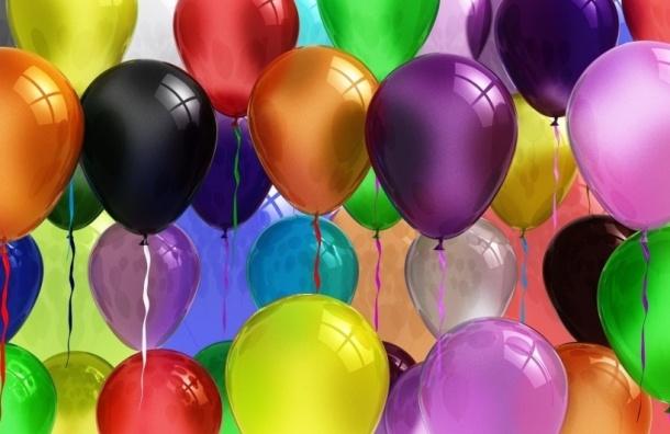Уорганизатора праздника вПетербурге украли 3 тыс. воздушных шаров