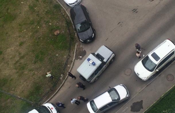 ВПетербурге инспектора ДПС задержали задраку сострельбой