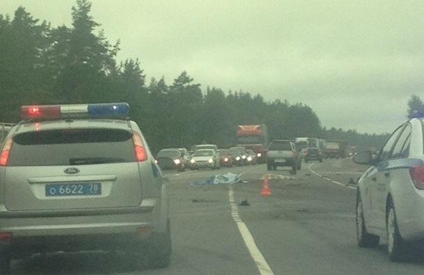 Страшная авария на «Скандинавии»: «КамАЗ» столкнулся с двумя Mitsubishi Pajero