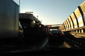 Массовое ДТП стало причиной многокилометровой пробки на КАД
