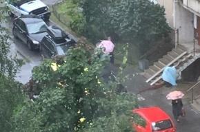 Пациентка психиатрической больницы выпала с балкона на Репищева