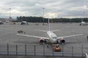 Очевидец: Из-за Медведева в Пулково задерживали обычные рейсы