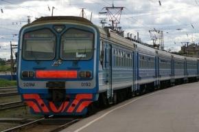 Электричка в Петербурге насмерть задавила двух человек