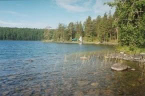 Подросток погиб на озере в Карелии