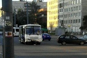 Маршрутка попала в ДТП на Димитрова