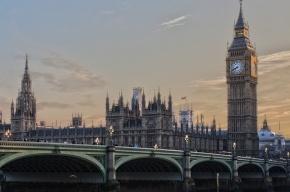 Душевнобольной юноша напал с ножом на прохожих в Лондоне