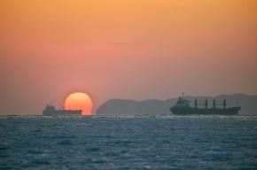 Сухогруз с российским экипажем терпит бедствие в Японском море