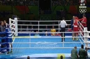 Россиянку увезли с ринга в инвалидном кресле на Олимпиаде в Рио-де-Жанейро