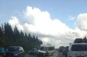 Три человека получили травмы на Киевском шоссе