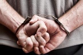 ФСБ допрашивает захватчика заложников в банке Москвы