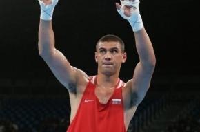 Российский боксер расстроился из-за свиста зрителей в свой адрес
