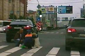 Пенсионерку сбил BMW  на Ленинском проспекте