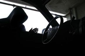 Юного угонщика задержали в Калининском районе