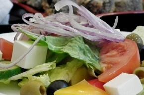 Самый большой в мире греческий салат приготовят на Красной площади