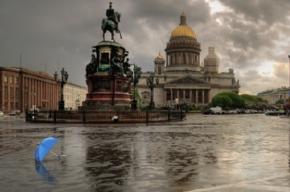 Грозовой фронт приближается к Петербургу