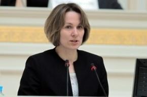 Ирина Комолова сходит с предвыборной дистанции в ЗакС из-за сборщиков-детей