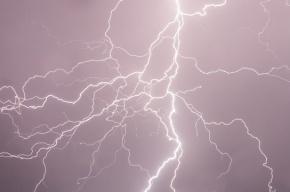 Шаровая молния на Ямале залетела в чум и убила ребенка