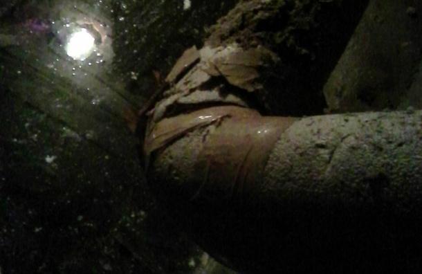 Вода затопила подвал дома 35 по улице Мира