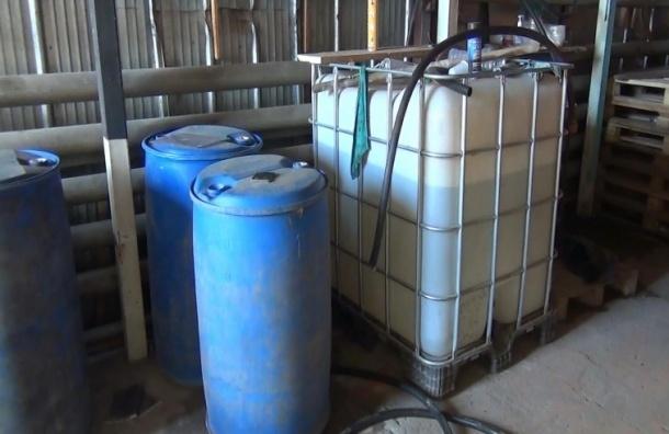 Склад с «паленым» алкоголем нашли в Металлострое
