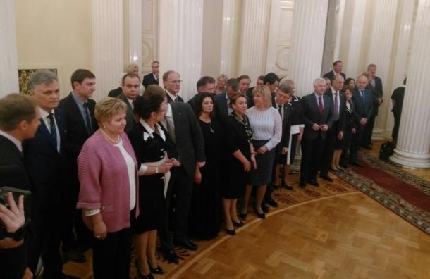 Самый молодой депутат петербургского парламента получил мандат