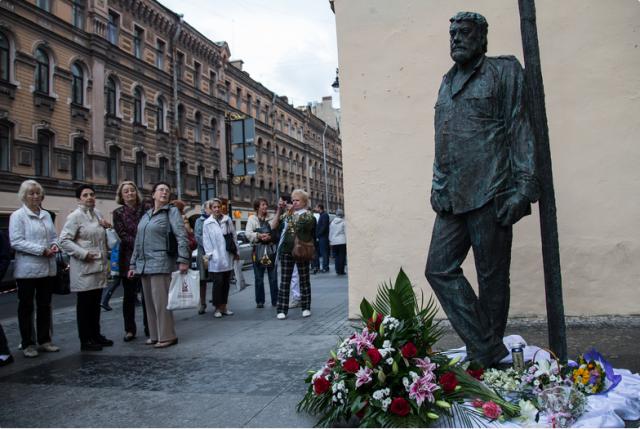 Открытие памятника Сергею Довлатову, фото: Игорь Руссак : Фото