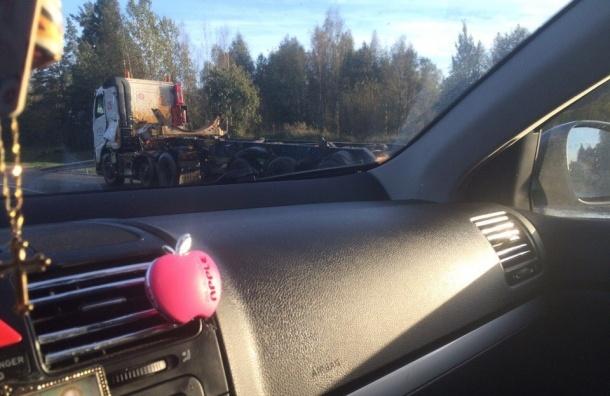 «КамАЗ» протаранил автоцистерну с маслом на трассе «Скандинавия»