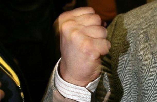 Житель Металлостроя пожаловался, что его избил депутат