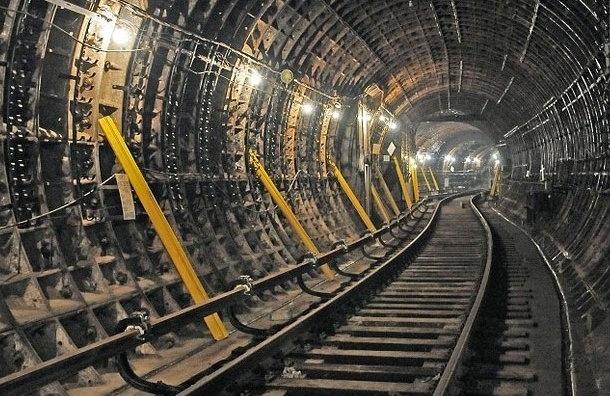 Смольный ищет, кто спроектирует метро до Пулково и первую очередь «кольцевой»
