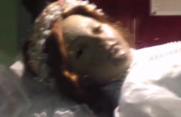 Открывшая глаза 300-летняя мумия девочки в Мексике взорвала Интернет