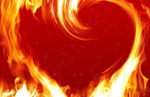 Житель Петербурга поджег комнату знакомой из-за неразделенной любви