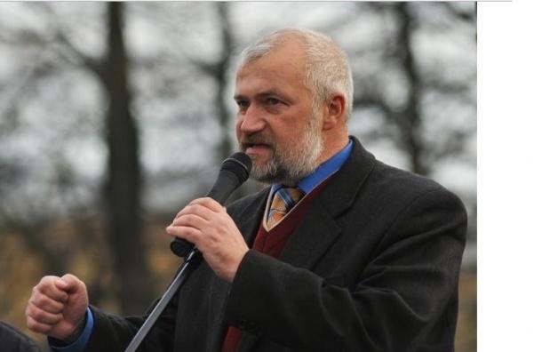 Амосов обвинил Макарова в понижении статуса парламента Петербурга