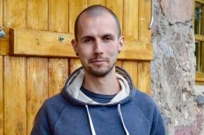 Петербуржец объяснил, зачем потребовал закрасить граффити Задова и Дурова